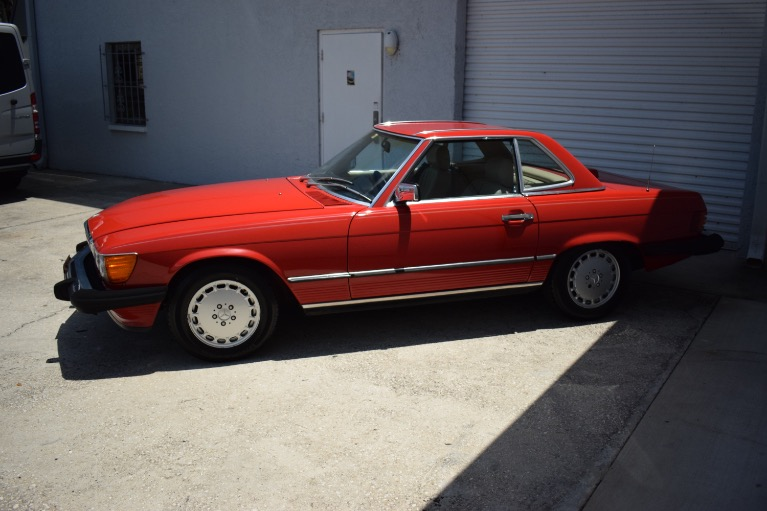 Used 1986 Mercedes-Benz 560 SL Cabrio for sale $14,997 at Track and Field Motors in Safety Harbor FL 34695 8