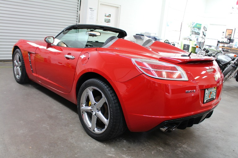 Used 2007 Saturn SKY Red Line Roadster 2D for sale Sold at Track and Field Motors in Safety Harbor FL 34695 8