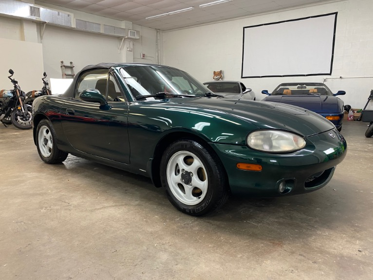 Used 1999 MAZDA MX-5 Miata Convertible 2D for sale Sold at Track & Field Motors in Safety Harbor FL 34695 3