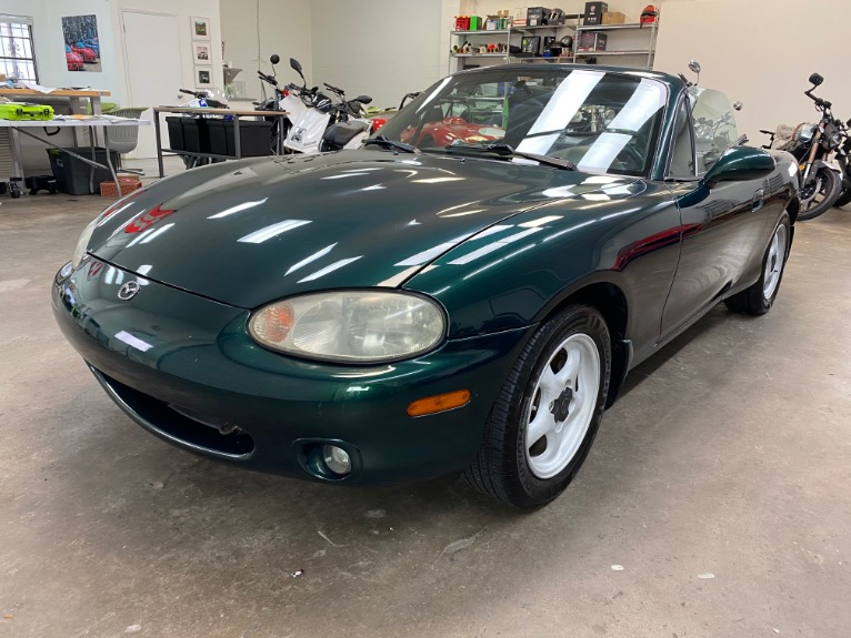 New 1999 MAZDA MX-5 Miata Convertible 2D for sale $6,497 at Track and Field Motors in Safety Harbor FL 34695 7