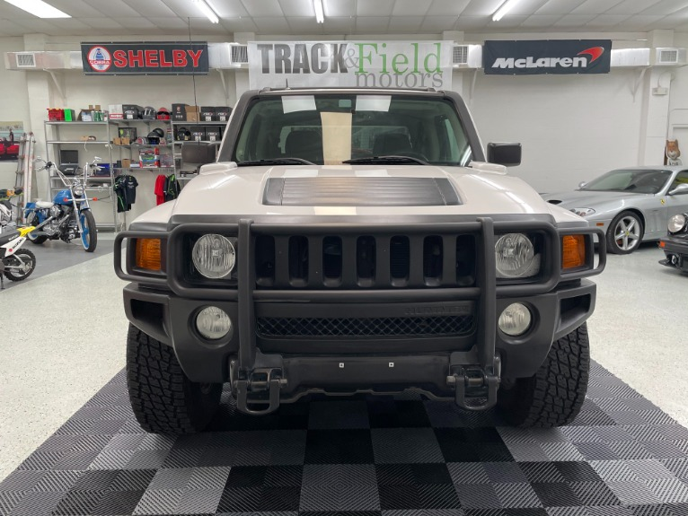 Used 2009 HUMMER H3T Sport Utility Pickup 4D 5 ft for sale Sold at Track and Field Motors in Safety Harbor FL 34695 2