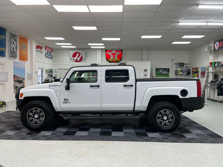 Used 2009 HUMMER H3T Sport Utility Pickup 4D 5 ft for sale Sold at Track and Field Motors in Safety Harbor FL 34695 4