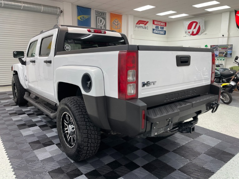 Used 2009 HUMMER H3T Sport Utility Pickup 4D 5 ft for sale Sold at Track and Field Motors in Safety Harbor FL 34695 5