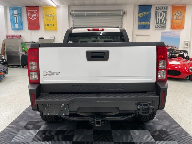 Used 2009 HUMMER H3T Sport Utility Pickup 4D 5 ft for sale Sold at Track and Field Motors in Safety Harbor FL 34695 6