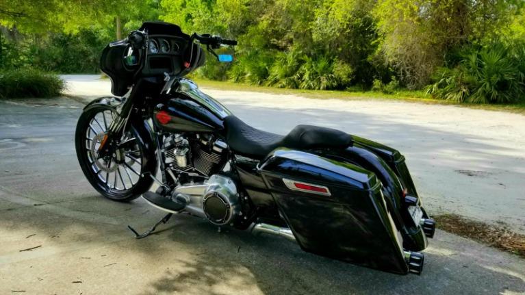 Used 2019 Harley Davidson Electraglide for sale Sold at Track & Field Motors in Safety Harbor FL 34695 3