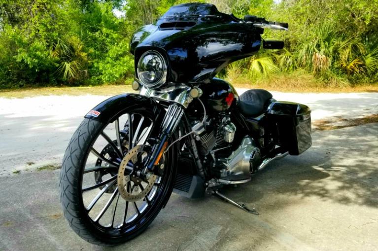 Used 2019 Harley Davidson Electraglide for sale Sold at Track & Field Motors in Safety Harbor FL 34695 5