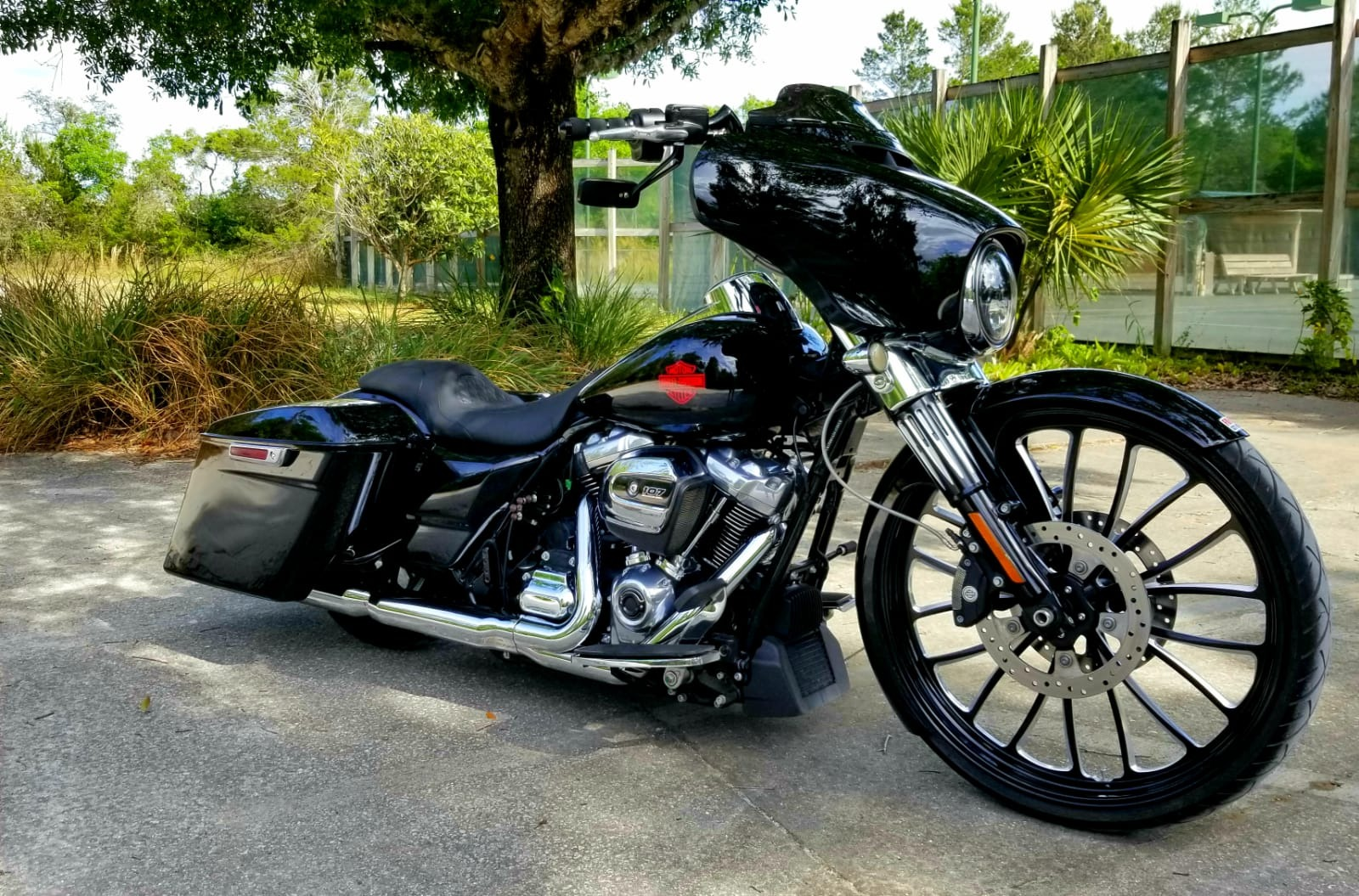 Used 2019 Harley Davidson Electraglide for sale $25,497 at Track and Field Motors in Safety Harbor FL