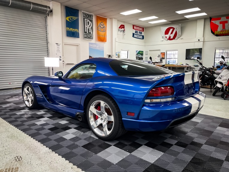 Used 2006 Dodge Viper SRT10 Coupe 2D for sale Sold at Track & Field Motors in Safety Harbor FL 34695 4