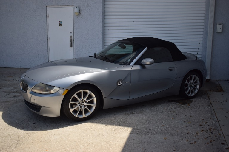 Used 2006 BMW Z4 3.0i Roadster 2D for sale $8,997 at Track and Field Motors in Safety Harbor FL 34695 6