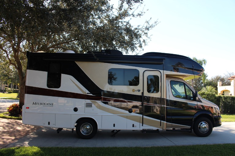 Used 2019 Jayco 24LP 3500XD for sale Sold at Track and Field Motors in Safety Harbor FL 34695 3