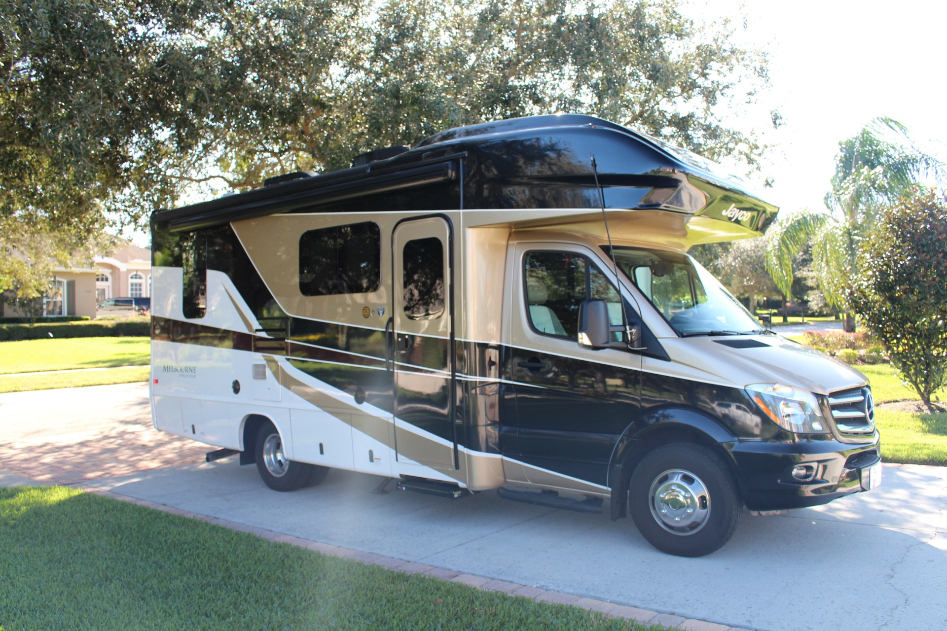 Used 2019 Jayco 24LP 3500XD for sale Sold at Track and Field Motors in Safety Harbor FL 34695 1