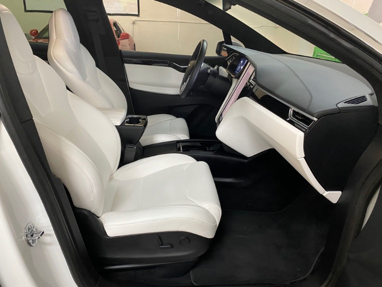 Used 2017 Tesla Model X P100D Sport Utility 4D for sale Sold at Track and Field Motors in Safety Harbor FL 34695 6