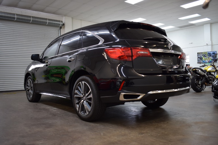 Used 2019 Acura MDX SH-AWD w/Technology & Entertainment Pkgs Sport Utility 4D for sale Sold at Track and Field Motors in Safety Harbor FL 34695 8