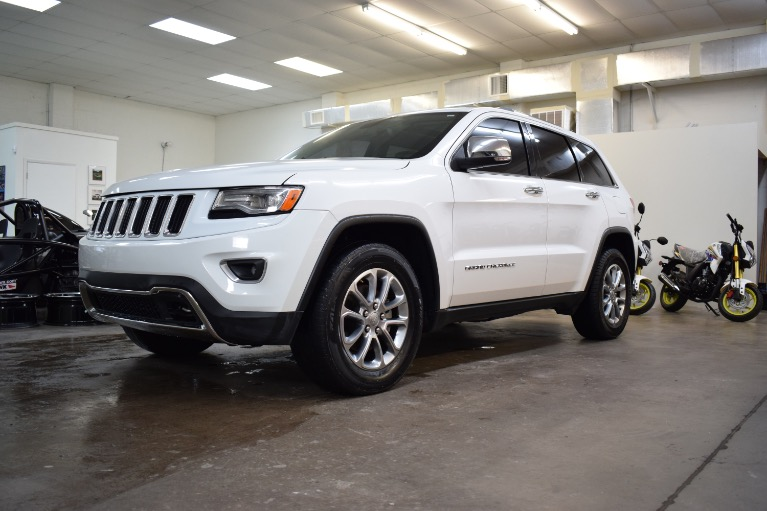 Used 2015 Jeep Grand Cherokee Limited Sport Utility 4D for sale Sold at Track and Field Motors in Safety Harbor FL 34695 5
