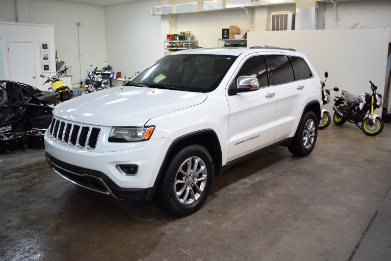 Used 2015 Jeep Grand Cherokee Limited Sport Utility 4D for sale Sold at Track and Field Motors in Safety Harbor FL 34695 6