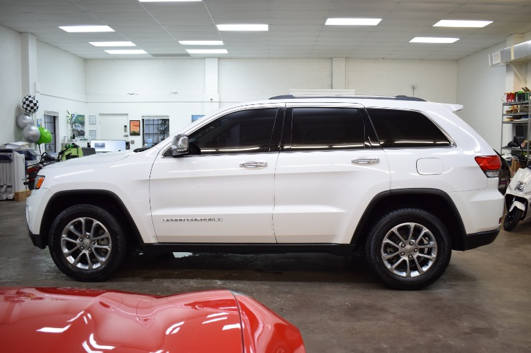 Used 2015 Jeep Grand Cherokee Limited Sport Utility 4D for sale Sold at Track and Field Motors in Safety Harbor FL 34695 7