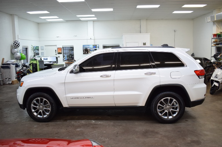 Used 2015 Jeep Grand Cherokee Limited Sport Utility 4D for sale Sold at Track and Field Motors in Safety Harbor FL 34695 8